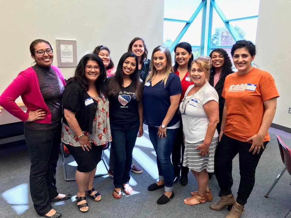 LatinX legal clinic volunteers