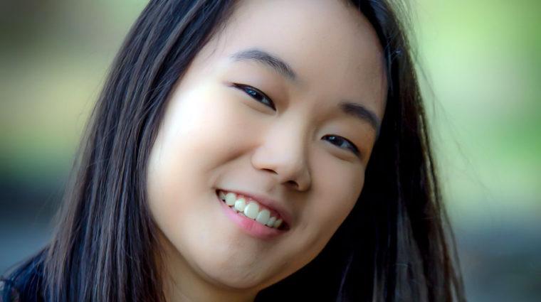 Monica Chang headshot